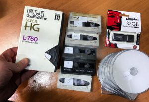 VHS to DVD - Convert video tape to digital service Sydney - hi8 to MP4 - minidv to USB conversion - tapes to AVI